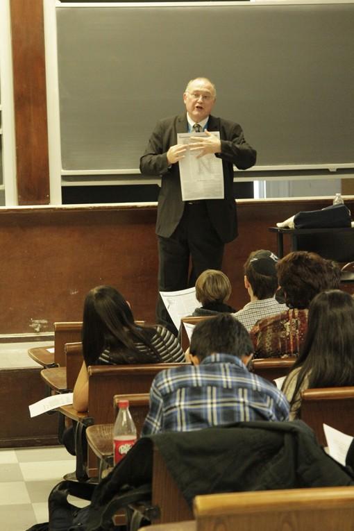 Ed Sullivan teaches students to write editorials and opinion pieces. Photo by Rebecca Castillo.